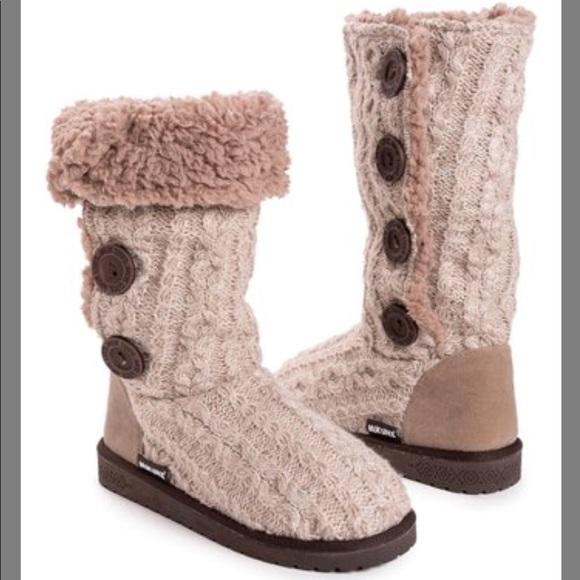 Muk Luks Vanilla & Fairy Dust Liza Boots NWT